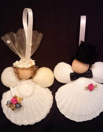 Bride & Groom Scallop Shell Ornaments
