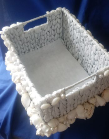Sea Grass Amenities Basket with Shells