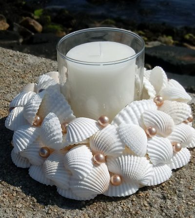White Shell Wreath With Candle