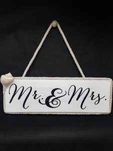 Bride and Groom Sign with Conch Shell