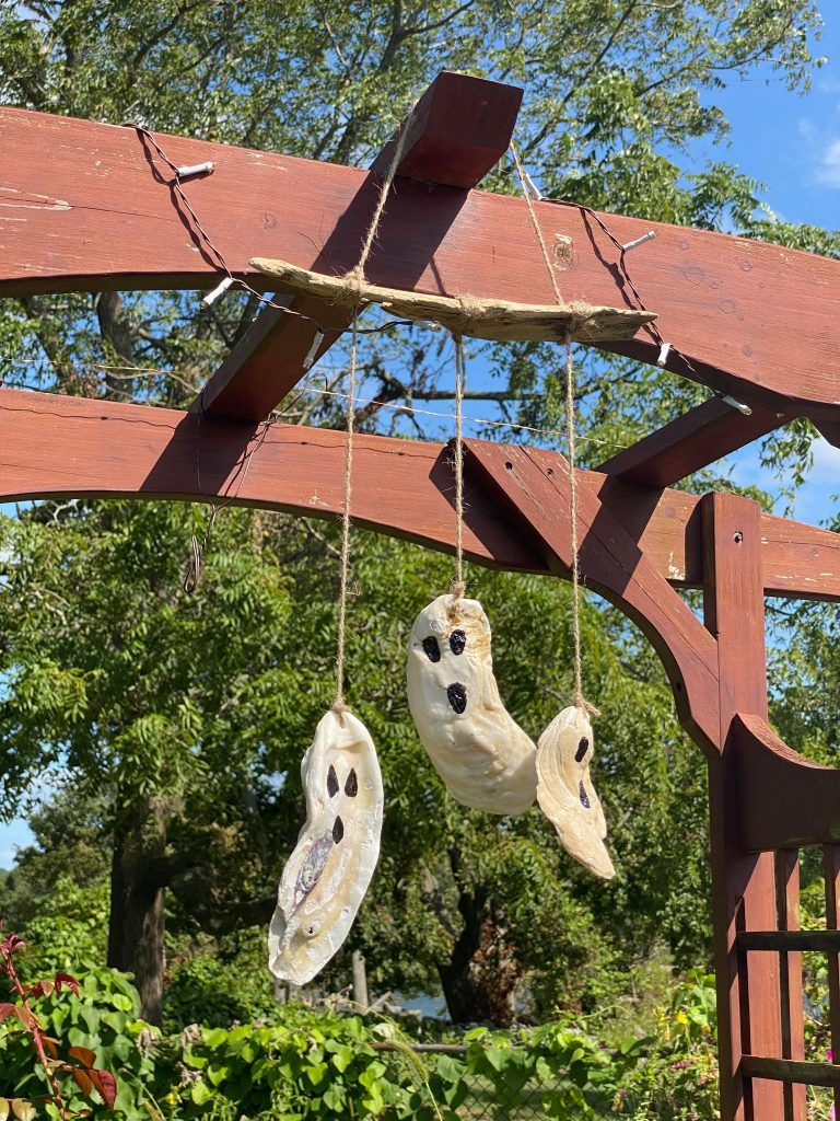 Halloween Oyster Ghosts
