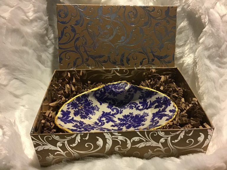 Decoupaged Oyster and Clam Soap / Trinket dish